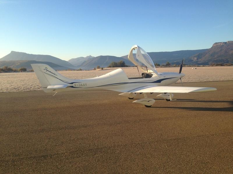 Initiation au pilotage avec Alpine Flying School